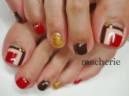 cute-toe-nail-art-19