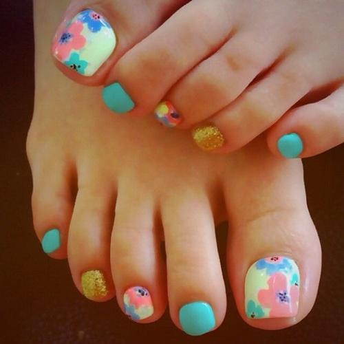 cute-toe-nail-art-22
