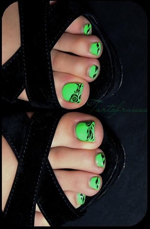 cute-toe-nail-art-6