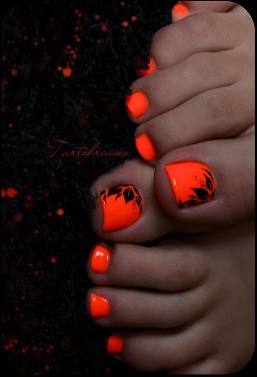 cute-toe-nail-art-7