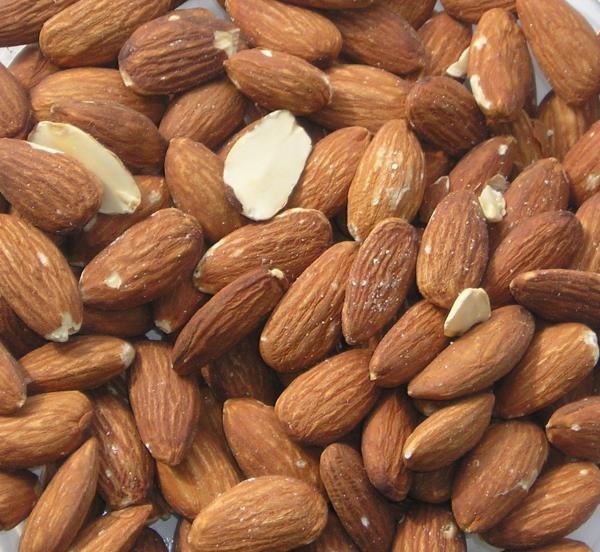 almonds-600x552