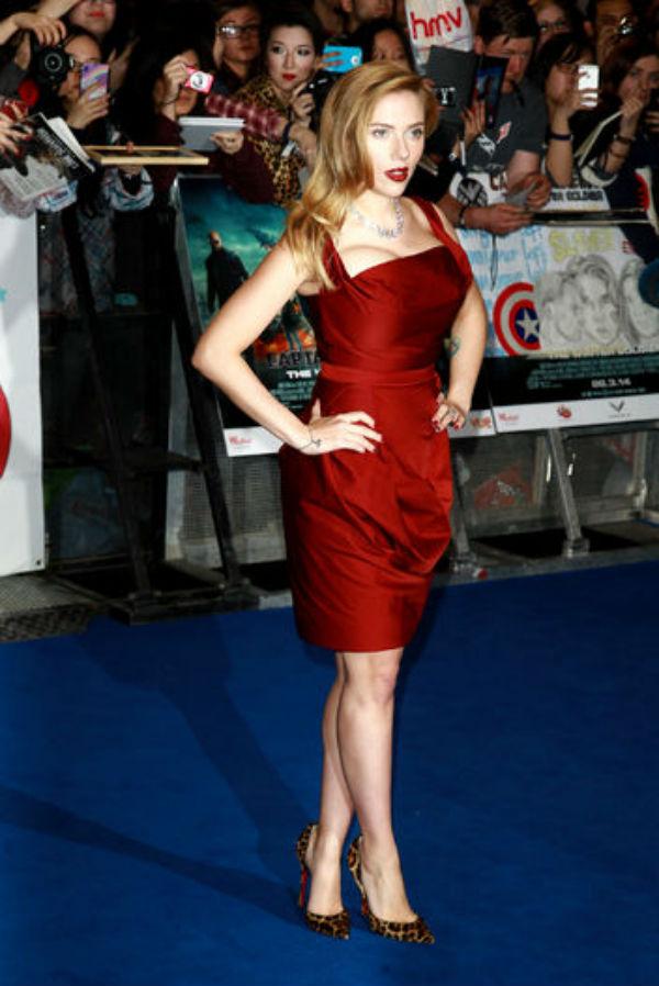 Best Dressed on Last Night's Red Carpets: January Jones, America Ferrera, and Others!