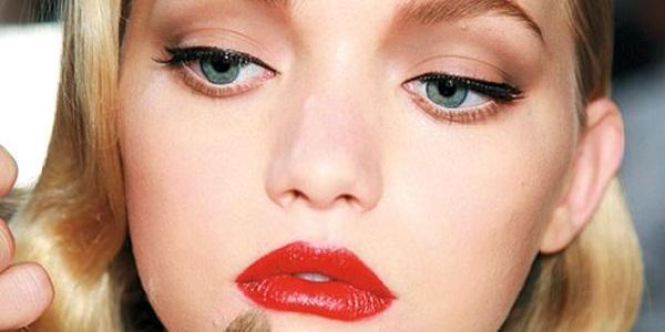 Red Lipstick 3