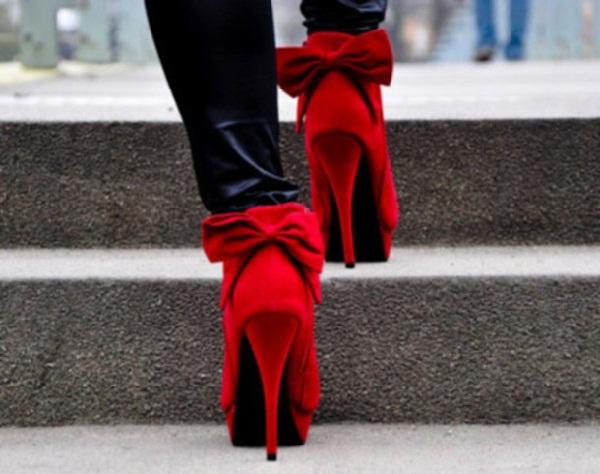 Red hot heels (14)