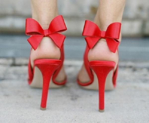 Red hot heels (28)