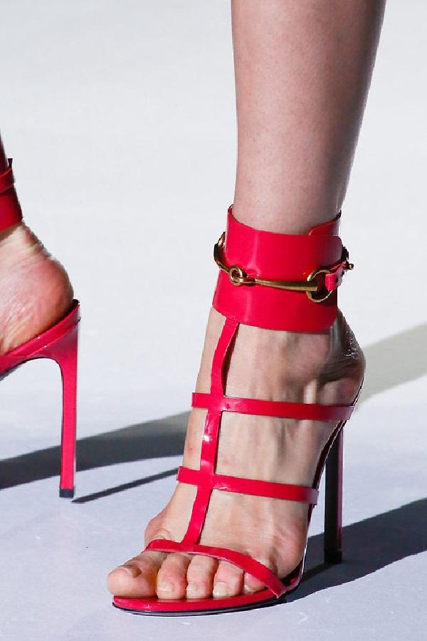 Red hot heels (29)