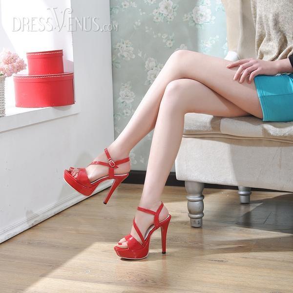 Red hot heels (3)