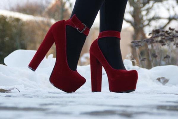 Red hot heels (6)