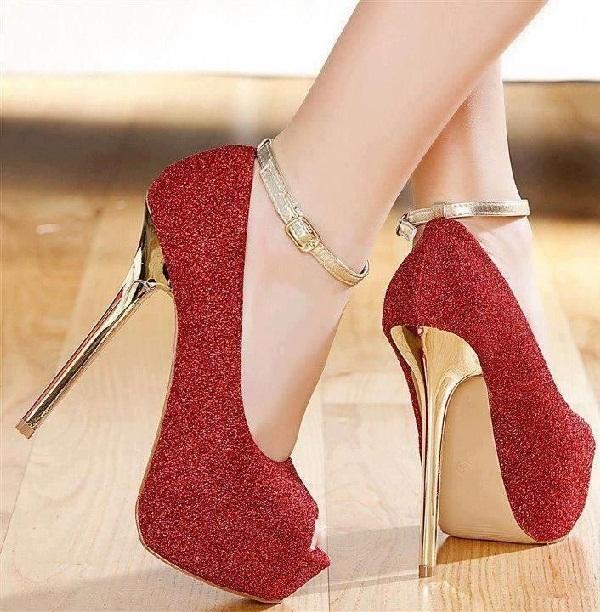 Red hot heels (7)