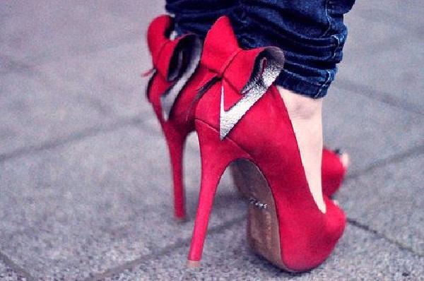 Red hot heels (9)