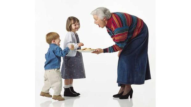 grandma-spoiling-620x349